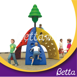 Bettaplay Outdoor Rock Climbing Wall