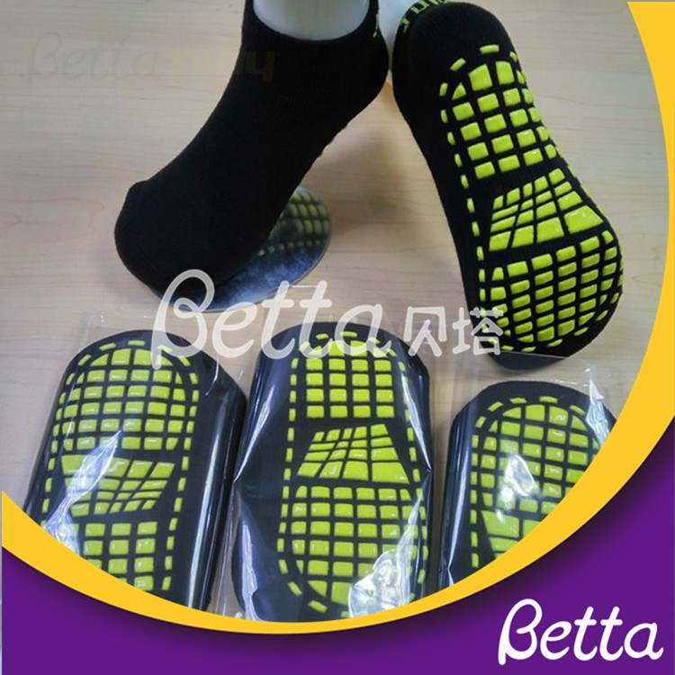 Bettaplay trampoline socks anti-slip for outdoor playground
