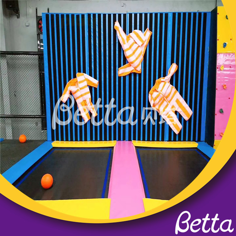 Multifunction Synthesize Amusement Trampoline Park with Spider Wall